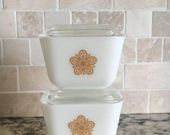 Pyrex Butterfly Gold Refrigerator Dishes Set of 2 501-B