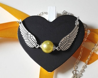 Necklace Harry Potter Quidditch snitch yellow silver snitch magical Hogwarts