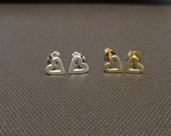 heart shaped stud earrings small size