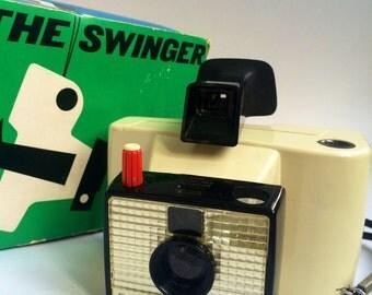 Polaroid Camera - The Swinger Model 20 (1960s), Vintage