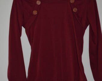 SALE $ 10! Fitted pull vintage Small Burgundy