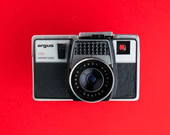 Retro Argus Instant Load 250 Point and shoot film camera