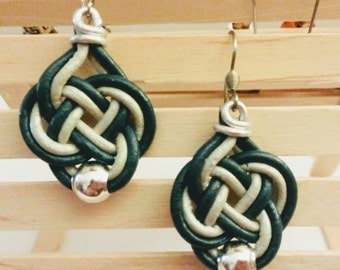 Earrings leather hindu with knot Celtic