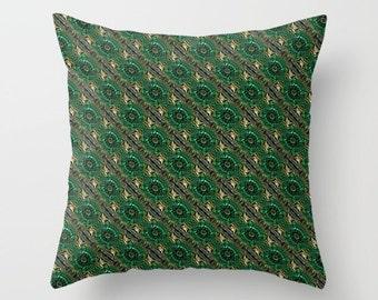 Green Throw Pillow, Green Accent Pillow, Throw Pillow Cover, Green Cushion, Couch Cushion, Sofa Cushion, Pattern Throw Pillow, Unique Pillow
