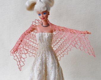 hand knit, hand dyed pale pink lacy shawl for 11 1/2 inch fashion doll