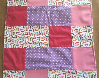Medium blanket blanket patchwork quilt for baby with a Dachshund sausage dog