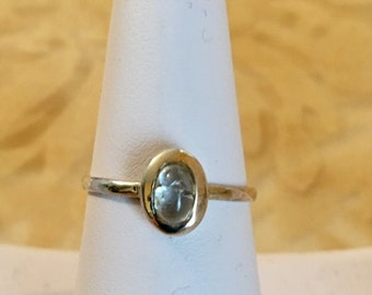 USA-FREE SHIPPING!!  Sterling Silver Moonstone Ring