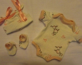 """9"""" Girls Pink Poodle Bodysuit, Hat, and Booties Set ~ Baby Doll OOAK Sculpt Reborn Clothes ~ Fits Wee Patience ~ Shabbey"""