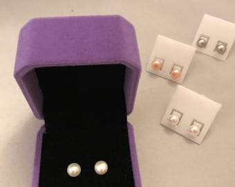 Small Pearl Earrings_Assorted Colors