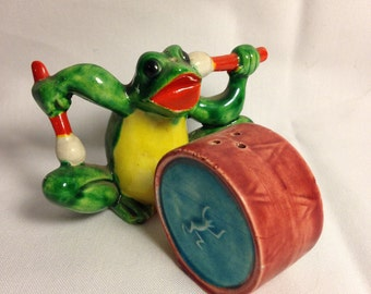 Frog with Drum Salt and Pepper Shaker Set