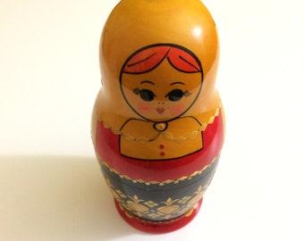 Vintage Soviet Era Russian Nesting Dolls