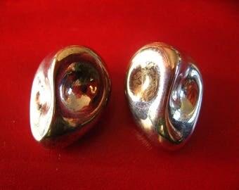 Nina Ricci ear clip