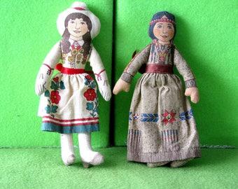 Dolls, Vintage, Hallmark, Annie Oakley and Indian Girl, 1970's
