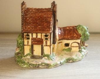 Ceramic English Thatch Cottage