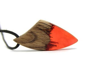 pendant / necklace wooden and Red resin