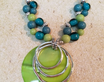 Sale Green shell necklace