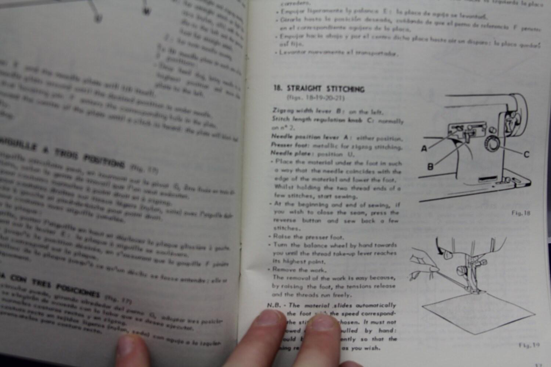 Manuel de machine coudre necchi 513 chez for Machine a coudre zenith 513