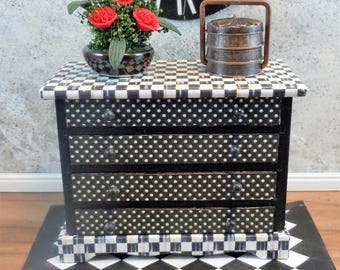 Dollhouse Miniature furniture in twelfth scale or 1:12 scale.  Four drawer chest.  Black and white.  Item #326.