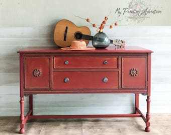Vintage buffet / sideboard / server