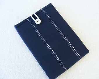 """Kindle DX Cover, Kindle DX White Cover, Cover for Kindle DX, Padded Kindle Cover, Kindle White Sleeve, Navy  White Print, 11 1/4"""" x 7 1/2"""""""