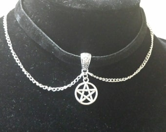 Wiccan pentacle velvet collar protection Paganism