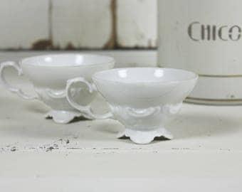 2 x Pretty White French Cups