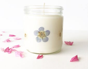 Pressed Flower Candle - Daisy and Wildflower // unscented soy candle // natural floral jar candles // gifts for her // natural home decor
