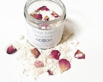 Rose Coconut Milk Bath // floral milk bath // oat bath soak // romantic bath // vegan bath soak // spa and relaxation // natural beauty
