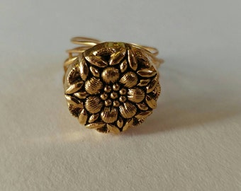 Antique Gold Gold toned Wire wrapped button ring