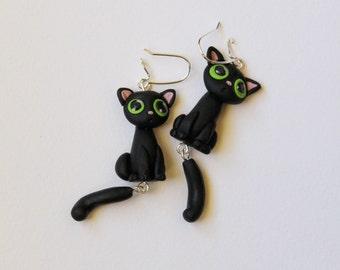 Cute black cat, dangle polymer clay earrings, nickel free, kawaii cat earrings, unique gift, green eyed kittens earrings, hand sculpted