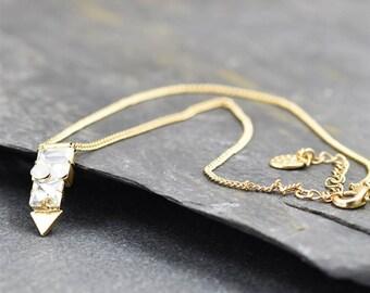 Gorgeous Golden Crystal Arrow Pendant Necklace
