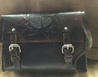 Leather satchel. Box Bag.