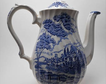 Royal Mail Myott Tea / Coffee Pot – Made in England - Blue and White