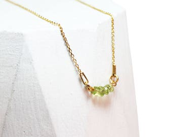 Peridot sterlingsilver necklace minimal