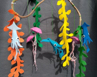 Under Sea Mobile, Jellyfish, Squid and Seaweed