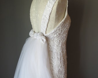 Vintage 1960's Lace Wedding Dress - Cathedral Train