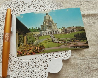 Vintage Postcard of Saint Joseph's Oratory of Mount Royal in Montreal