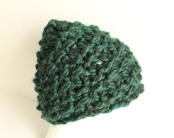 Green Chunky hand-knit Hat