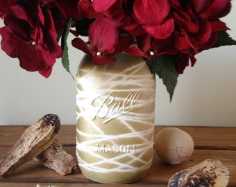 Home & Living|Painted Mason Jars|Gold Mason jar|Wedding Centerpiece|Modern Wedding|Mason Jar Decor|Wedding décor|Wedding Decorations