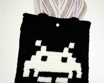 Space invaders bag, bag of space invaders
