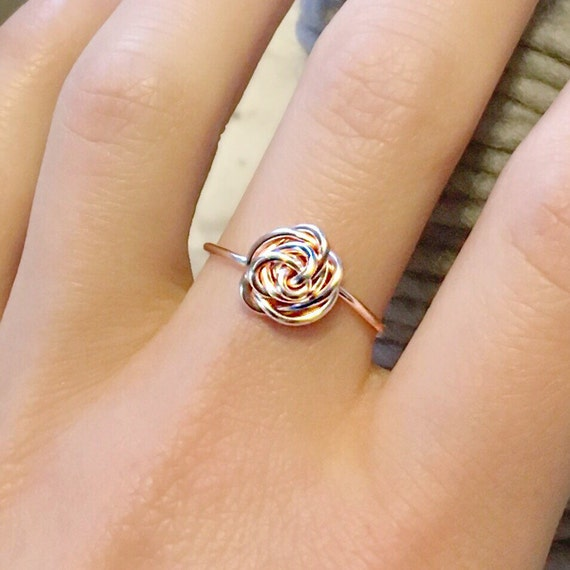 Rose Gold Rose Ring / Rose Ring / Rose Gold Ring / Roses / Bridesmade Gift / Ladies Rose Ring / Gift / Rose Gold / Wire Wrapped Ring