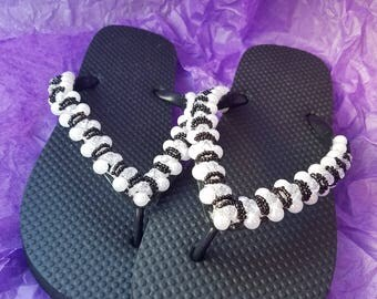 Summer sandles with small beads