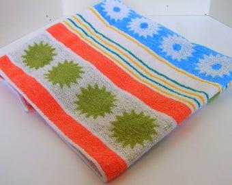 Vintage Hand Towel - Very Retro - Cool Print