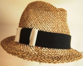 Straw hat of Trilby seagrass with Grosgrain Ribbon in black and white