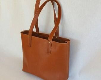 Leather Tote Bag, Handmade Leather Handbag, Caramel Leather Tote, Leather Bucket Bag, Medium Leather Shoulder Bag, Satchel, Sturdy Tote