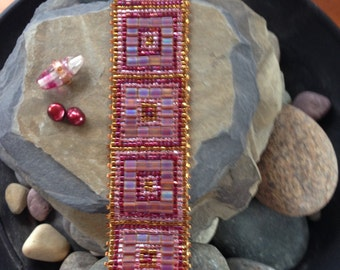 Rose-Gold Squared Bracelet