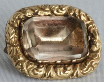 Antique gold brooch with citrine from circa 1850