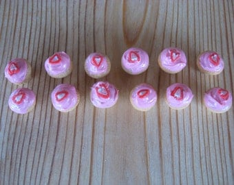12 Pieces Miniature Strawberry  Cup Cakes With Strawberry  Frosting and Strawberry Slice
