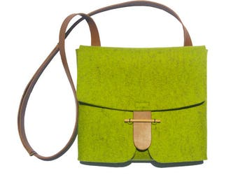 NEW-Felt crossbody bag with leather straps, made of natural materials, Merino felt bag, Shoulder bag