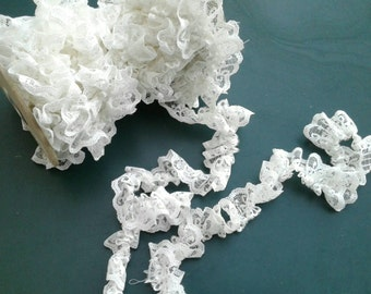 "1"" width, WHITE dressy lace, polyester see through lace ribbon trim, elegant, accessories, border, Raffled, gathered lace"
